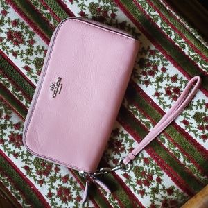 Coach pink double zip wallet with wrist strap pink pebbled leather